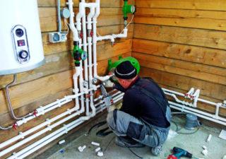 Подключение воды в частном доме